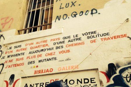 Migrations Marseille Graffitis je suis d'un autre pays